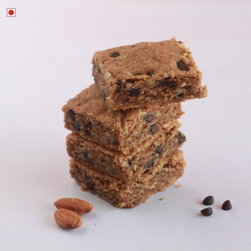 ALMOND BUTTER CHOCO OAT BROWNIES (PACK OF 6)