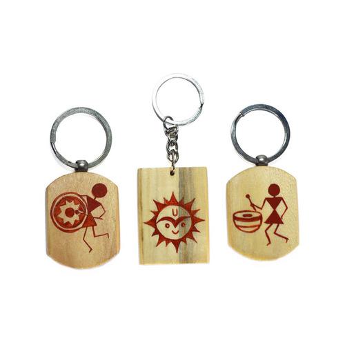 Brown coloured warli art keychain set